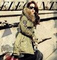 Nueva moda de invierno cuello de piel grande medio-largo engrosamiento herramientas abajo cubre la mujer down jacket parkas abrigos T792