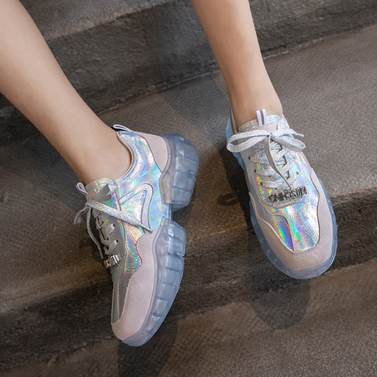 Genuine Leather Flat Shoes Women Breathable Women Sneakers Footwear High Quality Silver Women Flats Casual ShoesGenuine Leather Flat Shoes Women Breathable Women Sneakers Footwear High Quality Silver Women Flats Casual Shoes
