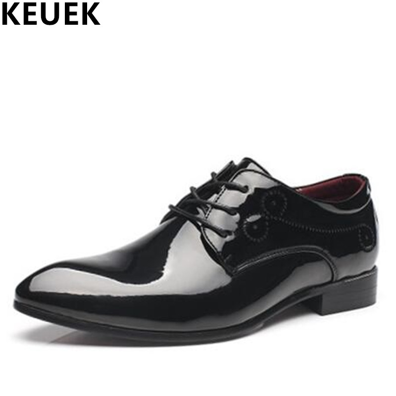 British style Vintage Men Flats Cow Split leather Brogue Shoes Pointed Toe Casual Dress Business shoes