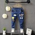 2016 Primavera Outono Novo Jeans Para Meninos & Meninas Crianças Cintura Elástica Algodão Dos Desenhos Animados Crianças Calças de Brim Jans Calças Roupa Das Crianças 2-7 Anos