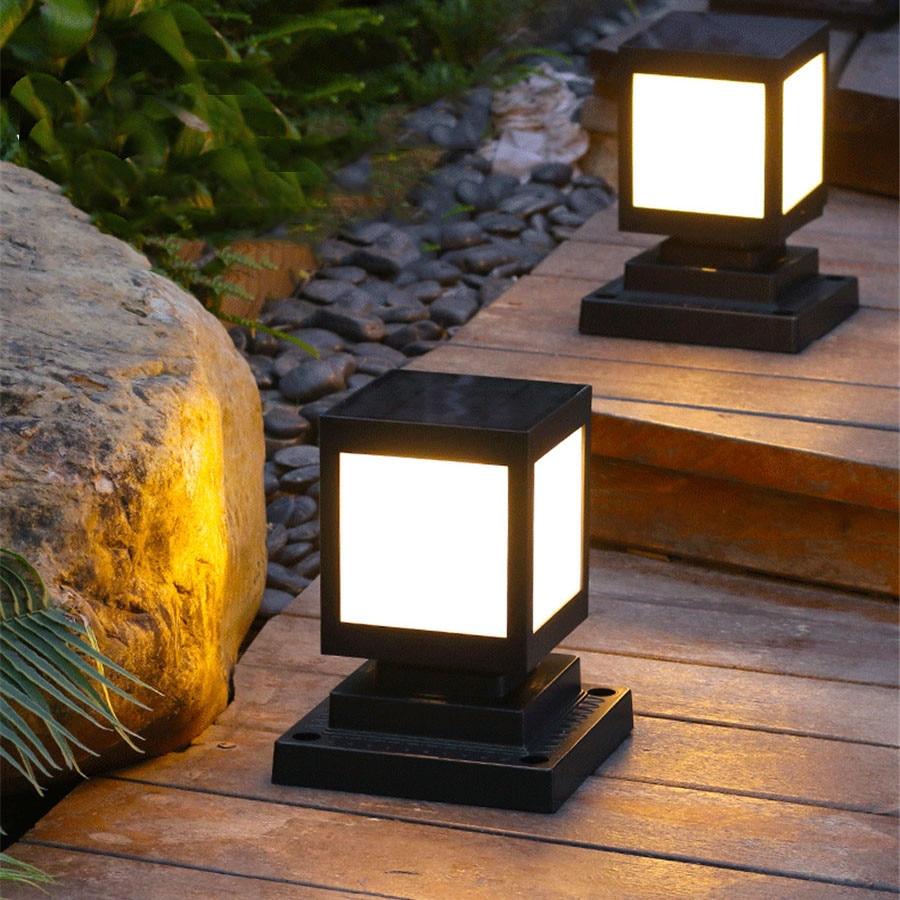 Thrisdar Outdoor Solar Pillar Lamp Fence Villa Parking Column Lamp Gate Courtyard Villa Landscape Fence Solar Bollard Light