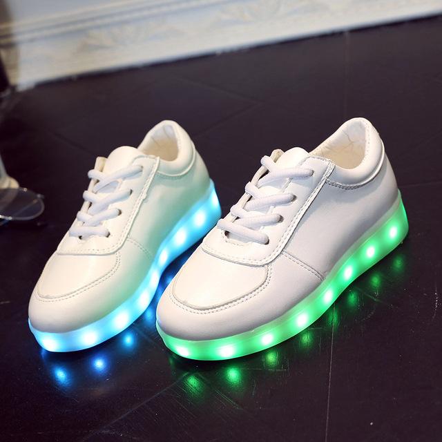 Usb para crianças criança brilhante shoes cesta branca levou crianças sapatilha formadores menina meninos chinelos led light up infantil luminosa brilho