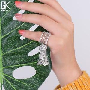 Image 4 - GODKI anneaux de luxe pour femmes, bijoux de mariage, avec glands, pour femmes, déclaration de fiançailles, pivoine cubique, dubaï