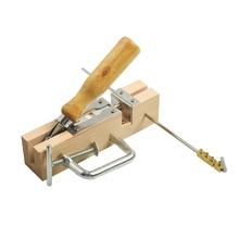 Offre spéciale un ensemble de nouvel équipement apicole cadre oeillets perforateur Machine pour abeille peignes et cadres outil apicole