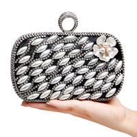Women Pearl Evening Bags Finger Ring Diamonds Beaded Flower Design Evening Bag One Side Mixed Wedding Party Bag