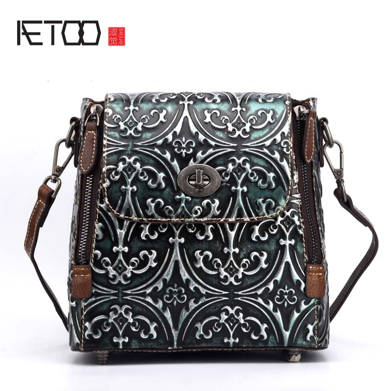 AETOO Ladies' cowhide shoulder diagonal backpack hand-wipe retro  buckle  bag vintage embossed leather backpacks women aetoo new leather women backpack cowhide retro shoulder bag fashion travel backpack lady bag embossed bag