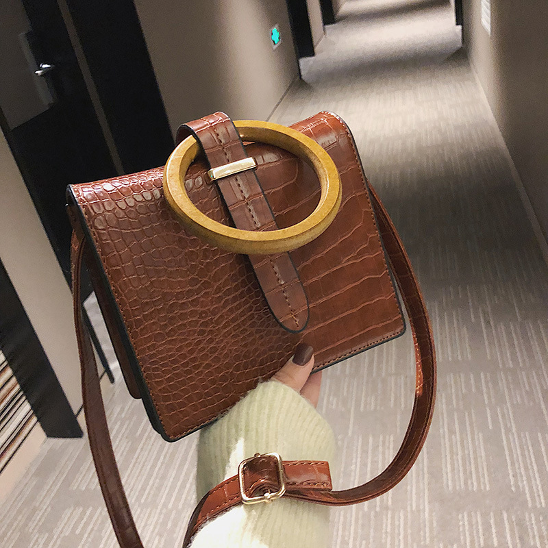 Wood Ring Ladies Pu Leather Bags Female Tide Version The Retro Shoulder Messenger Bag Small Square Bucket Hag