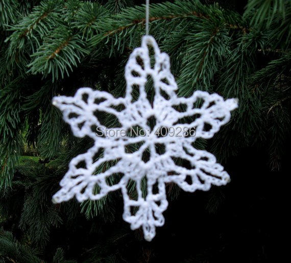 white crochet snowflakes winter christmas decoration lace snowflakes winter wedding shabby chic handmade by tree ornaments in christmas from home - Handmade Shabby Chic Christmas Decorations