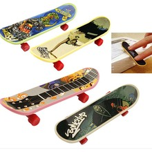 1 pc Mini Finger Board Skateboard Novelty Kids Boys Girls Toy Gift for Party 3 7
