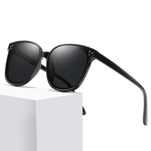 2019 New Brand Fashion Woman Polarized Sunglasses Oversized Round Ladies Black Red Sun Glasses for Women Driving