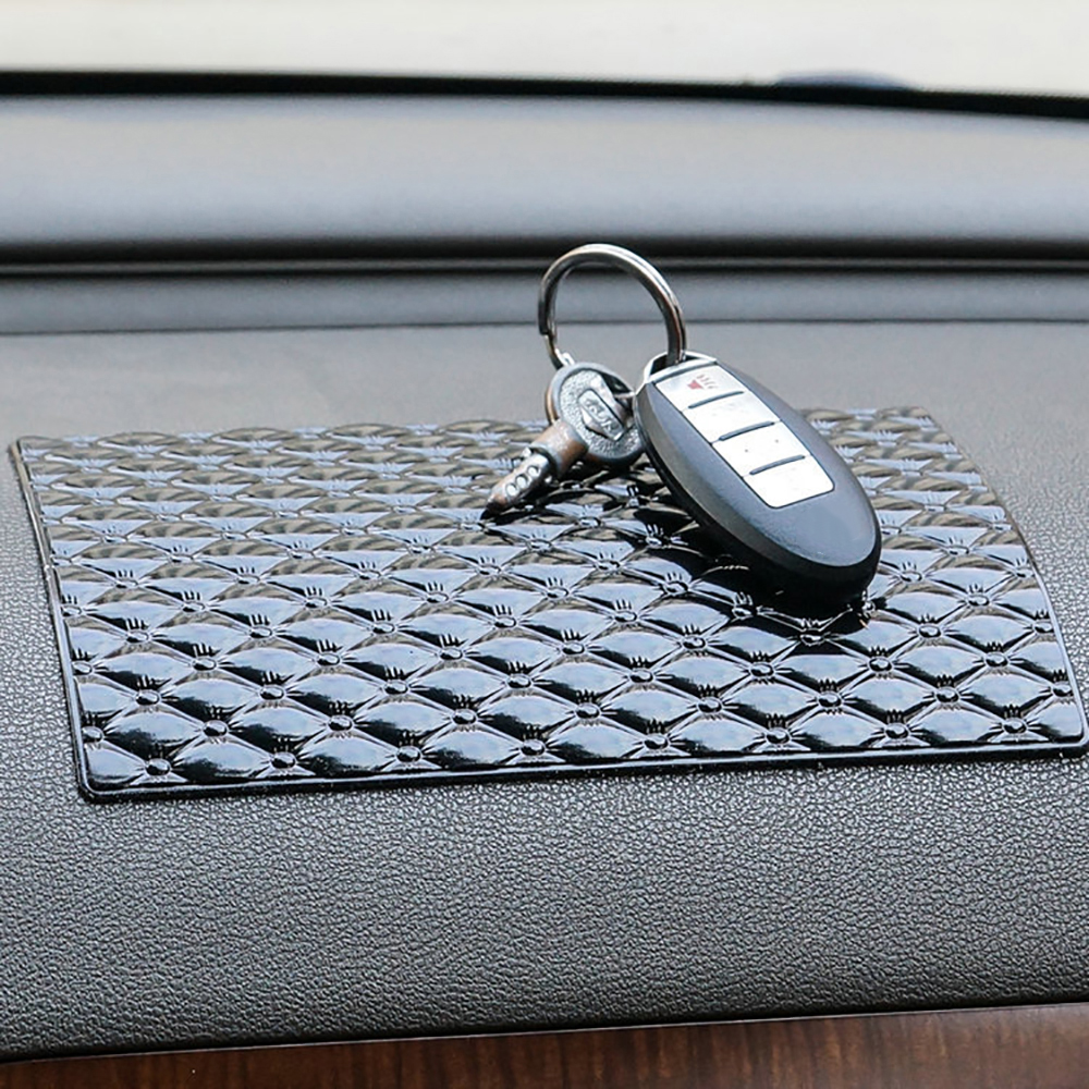 все цены на Car Ornament PU Magic Anti-Slip Mat For GPS Phone Sunglass Automobile Interior Dashboard Sticky Pad Non Slip Cushion Accessories онлайн