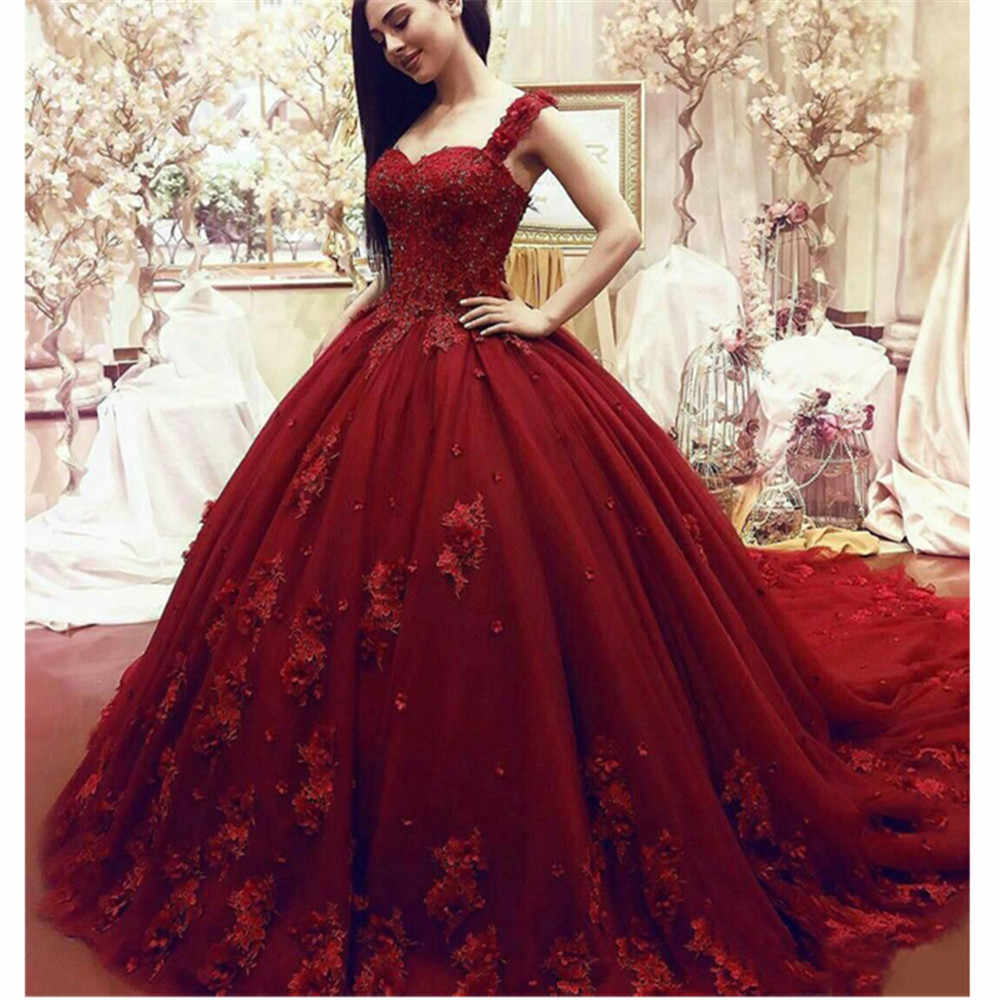 Luxury  Red Sleeveless Wedding Dresses Ball Gown Crystals Beaded Lace Bridal Dresses  Chapel Train Wedding Gowns