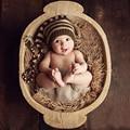 1 Unid Newborn Fotografía Proposición de Invierno Muchachas de Los Bebés Sombreros hecho a mano de Café de Rayas Crochet Gorras de Punto Traje 2 Tamaños Para 0-4 M