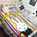 Nordic Cama de Bebé Fijó el Algodón 100% Bebé Conejo de Dibujos Animados de Color parachoques Cama Alrededor de Edredón Sábana Cubierta de Funda de Almohada Del Bebé bedding