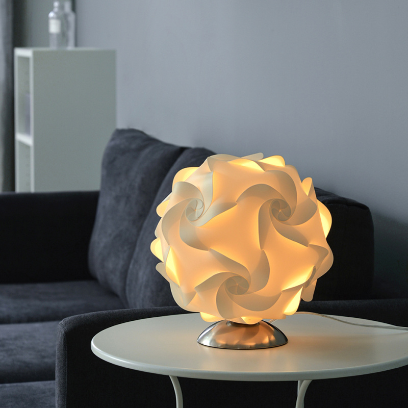 Modern Creative Flowers Lamp Designer Table Lamp Desk Lights For Living Room Bedroom Bedside Lamp Study Reading Home Lighting