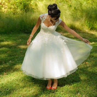 LORIE Short Wedding Dresses A Line White Tulle Vintage Sweetheart Wedding Gown Lace Tea Length Free Shipping Bridal Gowns 2018