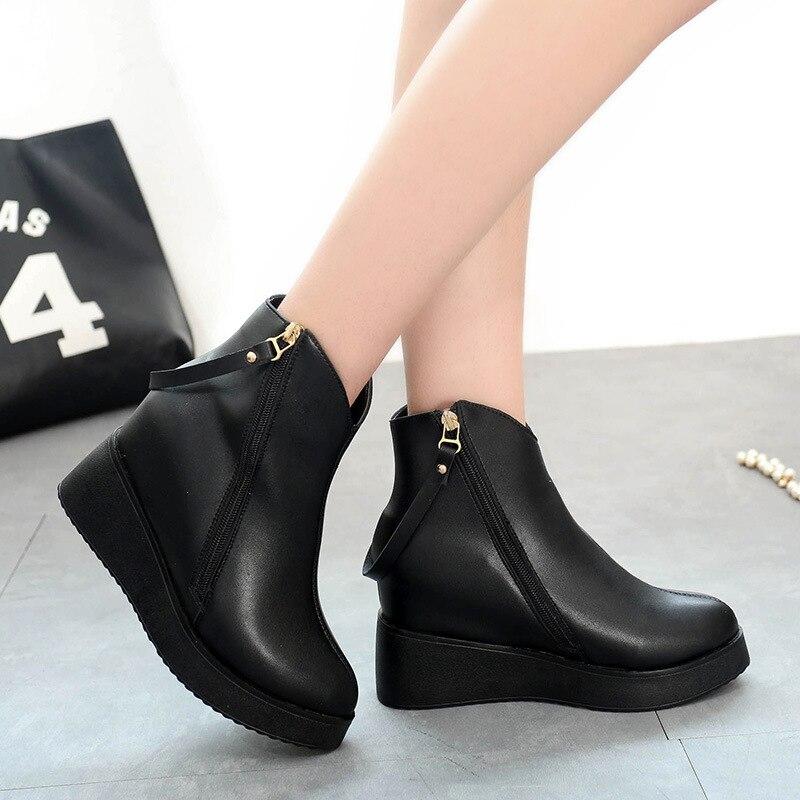 2018 nouvelles bottes d'automne femmes dans la pente supérieure avec des bottes femelle pied noir rond Martin bottes bottes marée chaussures