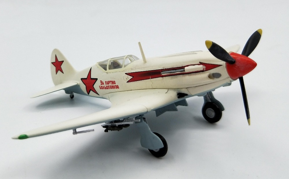 1:72 Model Of Soviet MIG-3 Fighter Aircraft During World War II Trumpeter Finished 37224