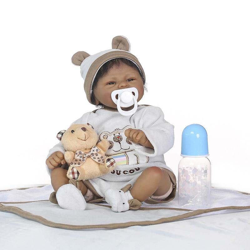 Nicery 16 pouces 40 cm peau sombre Reborn bébé poupée en Silicone souple réaliste jouet cadeau pour enfants sourire bébé blanc vêtements ours brun-in Poupées from Jeux et loisirs    1
