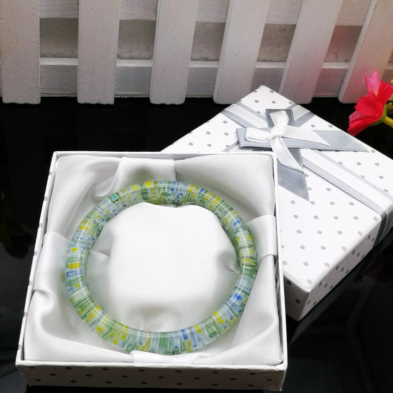30PCS white dot square gift box 90 x90x20mm fashion jewelry bracelets bracelets