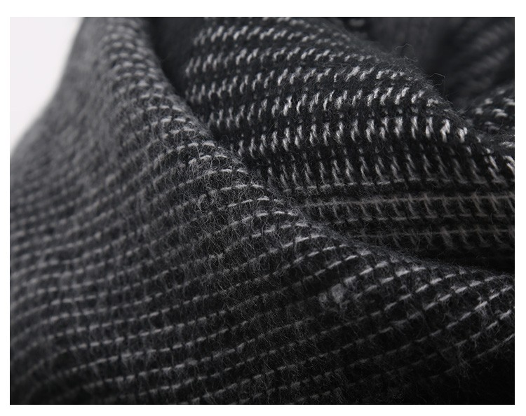 Black Big Checker Scarf | Blanket Scarves