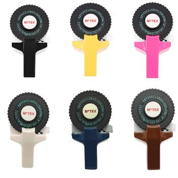 Sześć kolorów Motex E101 3D tłoczenie ręczna drukarka do etykiet 9mm ręczna taśma dekoracyjna ręczna maszyna do pisania ręcznie wykonany nadruk muticolor etykiety tanie i dobre opinie labelzone E-101 90*300 Wstążki drukarki Kompatybilny Drukarka etykiet Manual printing Suitable for 9mm label