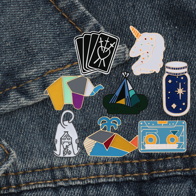 Cat Dinosaur Whale Rabbit Horse Astronaut Poker Bread Wishing Bottle Tent Hat Enamel Pin Brooch Unisex Denim Collar Badge Pins