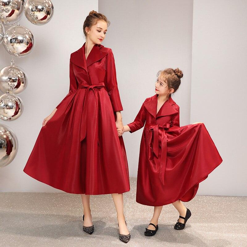 Robes de mariée de famille vêtements assortis pour maman mère et fille robe adulte femmes bébé enfants robe de mariée amour maman veste