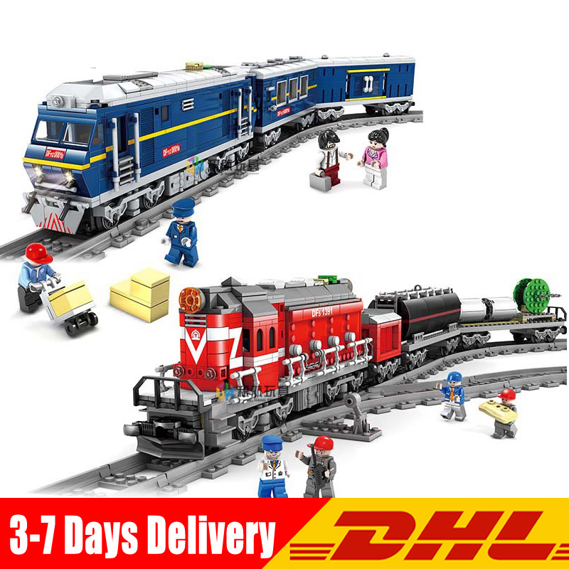 купить KaZi 98219 98220 City Series Model The Cargo Set Building Train Train Track Blocks Bricks Train Toys for Children Christmas Gift онлайн
