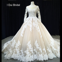 Long Sleeve Luxury Crystal Beaded Wedding Dress Cathedral Royal Train Unique Lace Appliqued New Bridal Gown