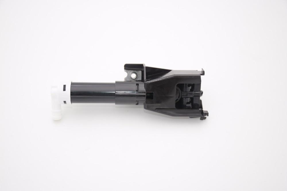 1Pcs 8264A026 Front Right Headlamp Headlight Washer Nozzle Jet Spray Spout for Mitsubishi Pajero V93 V97