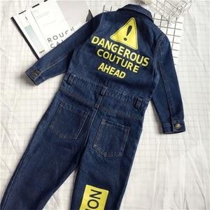 Image 3 - CNFSNJ nowy Baby Boy dziewczyny kostium kowbojskie modne dżinsy dzieci miękkie Denim dziecko Romper Graffiti odzież dla niemowląt kombinezon dla noworodka