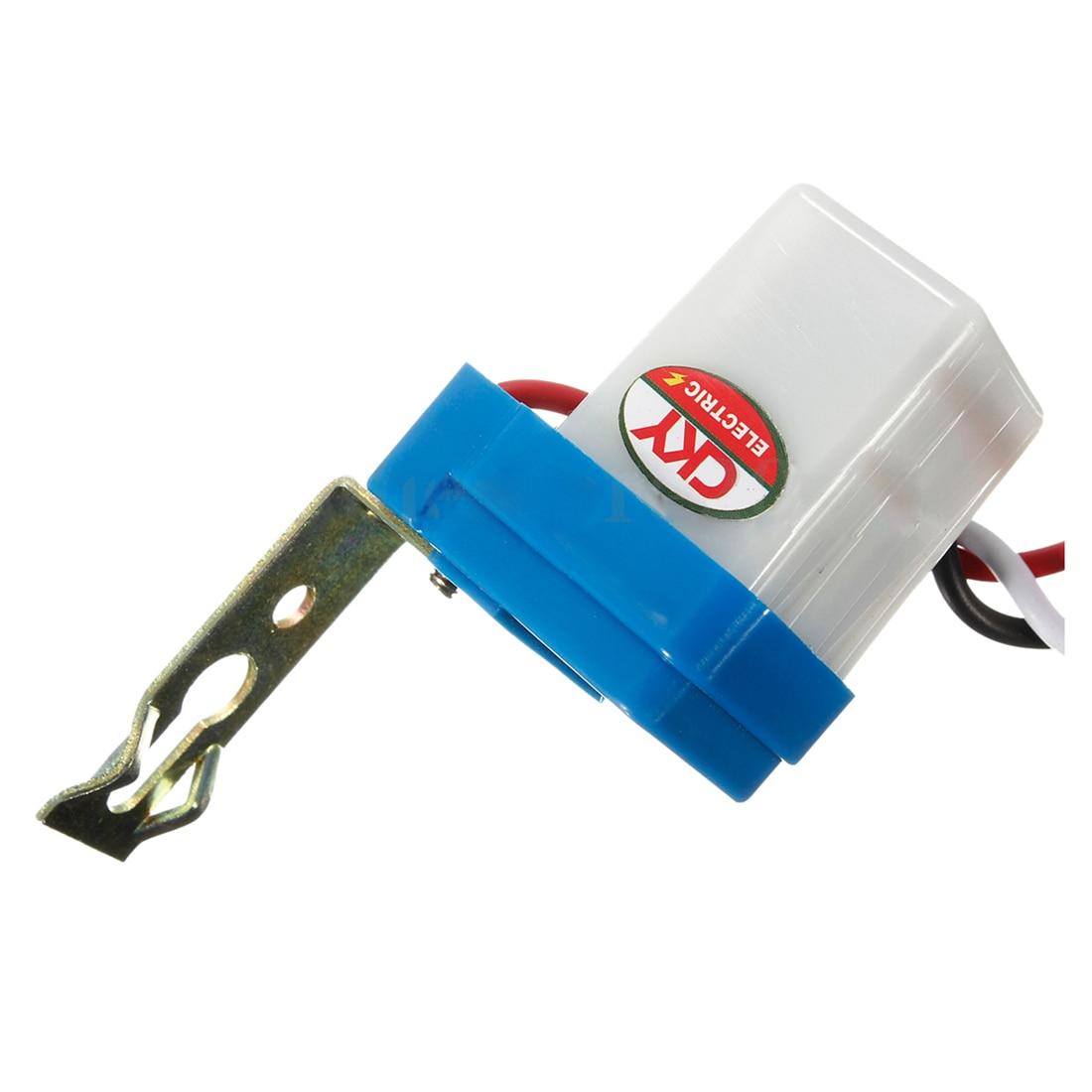 цена на 10Pcs Auto On Off Photocell Street Light Photoswitch Sensor Switch AC/DC 12V 10A