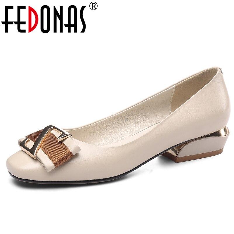 FEDONAS أعلى جودة جلد طبيعي النساء مضخات الكلاسيكية تصميم جولة تو موجزة أنيقة الأساسية أحذية الربيع أحذية الصيف امرأة-في أحذية نسائية من أحذية على  مجموعة 1