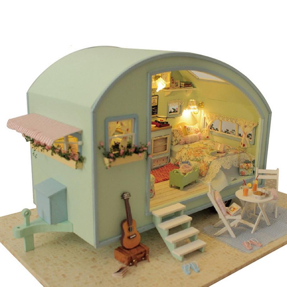 Bricolage en bois maison de poupée Miniature Kit maison de poupée moteur maison LED + musique-temps Traval guitare lit escaliers fée livraison directe 2018