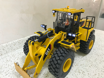 1/14 RC Remote Control Hydraulic Bulldozer Wheel Loader Construction Vehicle Model Child Boy Christmas Gifts