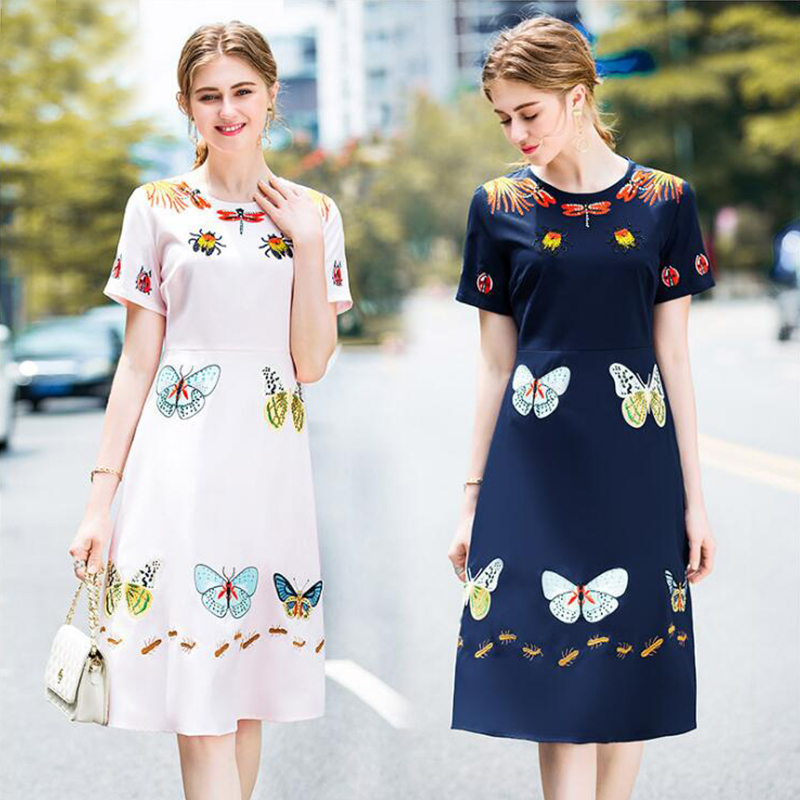 Europe and the United States 2018 new women's dress, butterfly embroidered hot diamond dress.