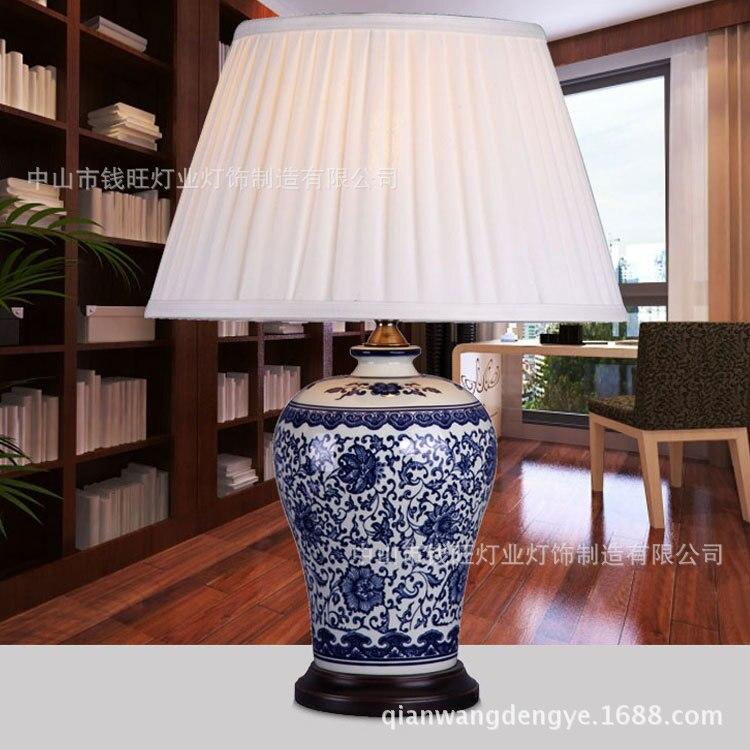 Nuovo arrivo di stile Cinese dell'annata Blu e bianco porcellana lampada da tavolo per comodino soggiorno decorazione A114