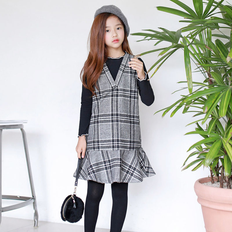 все цены на Children's Suit With Coat Long Sleeve V Collar Base woolen & Dress Grid Fashion Academic style Comfortable New In 2018