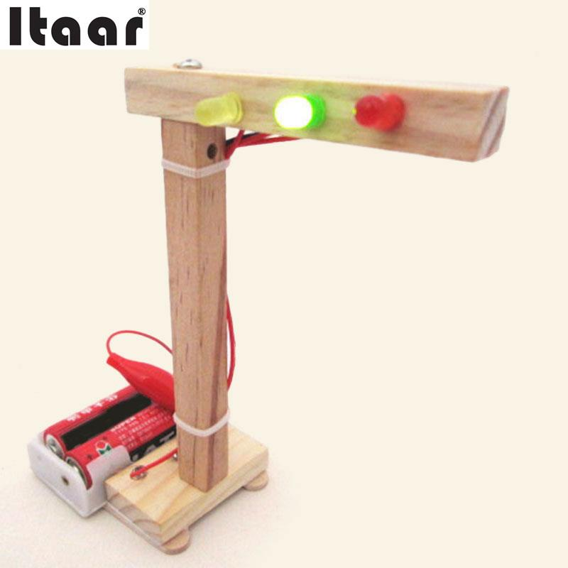 DIY Traffic Light Early Education Learning Assembly Traffic Light Model Toys