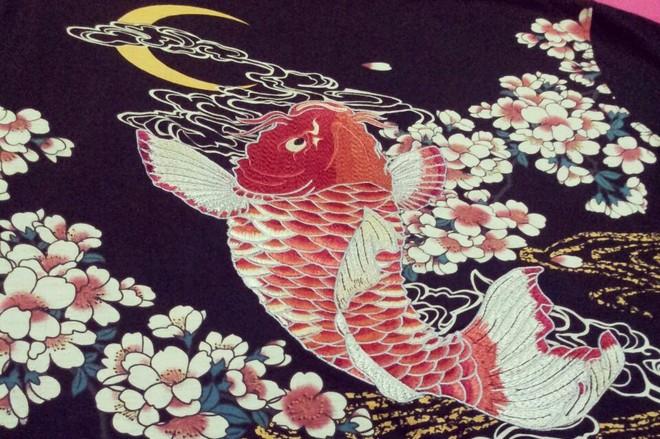 HTB1sz0KLVXXXXXBXpXXq6xXFXXXc - Japan YOKOSUKA embroidery dragon and koi baseball uniform unisex shirt