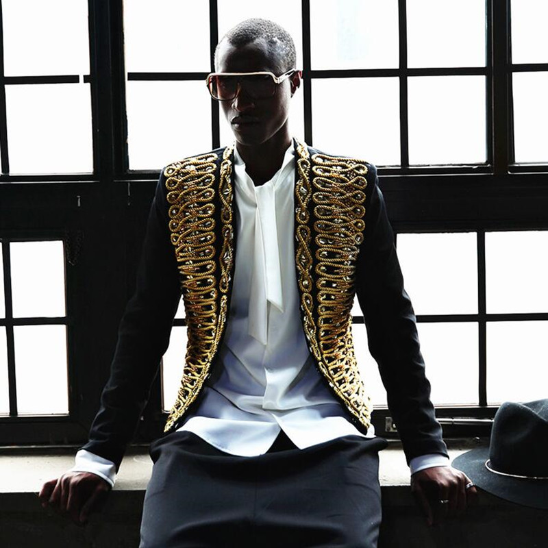 2018 Nuovi vestiti di moda filo D'oro retrò corte Ricamato giacca casuale sottile piccolo Vestito Del Vestito il formato di Hip Hop costumi cantante