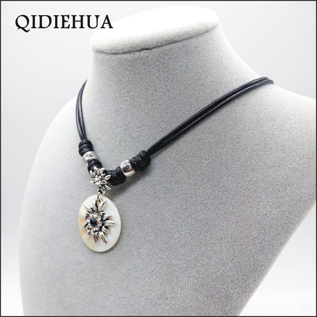 QIDIEHUA Fashion 12 Color Edelweiss Necklace Match Natural Shell Oktoberfest Handmade Statement Necklace 2019 Jewelry Wholesale in Choker Necklaces from Jewelry Accessories