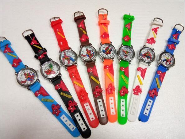 Modo caldo di vendita spiderman orologi dei bambini della vigilanza vigilanza del fumetto sveglio cool kids 3d in gomma orologio al quarzo relogio hour clock regalo
