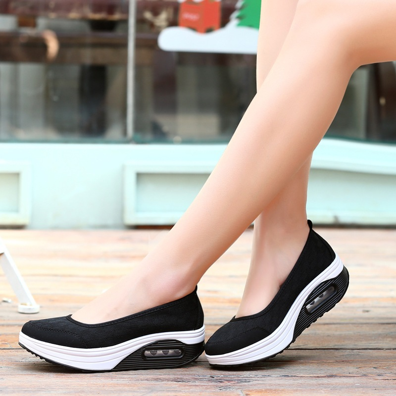 Women Slip on Flat Shoes Casual Summer Breathable Air Mesh Comfortable Moccasins Ladies Platform Shoes Footwear DTT938 women s shoes 2017 summer new fashion footwear women s air network flat shoes breathable comfortable casual shoes jdt103