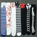 [COSPLACOOL] Mulheres Sexy Cosplay Joelho Listrado meias Japonês Impresso Coxa Alta meias Mulheres Meia-calça No Joelho Esqueleto