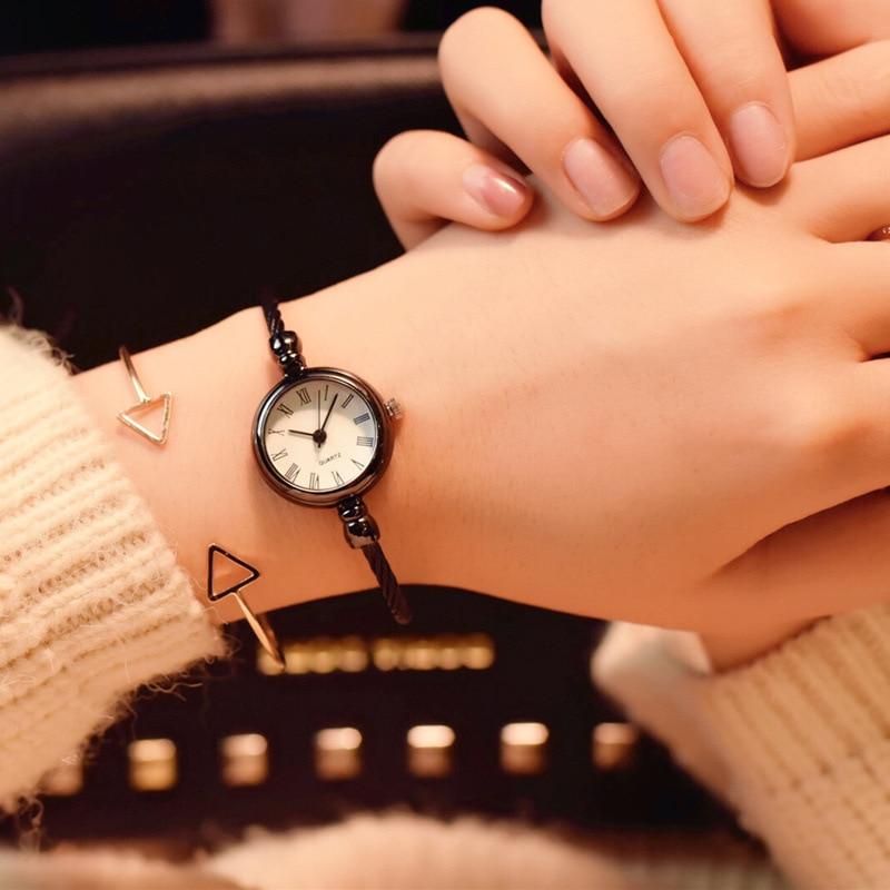 Vintage Style Women's Bracelet Watches Women Simple Bangles Watch Ins Girl Rome Open Bracelet Watch For Women bayan kol saati