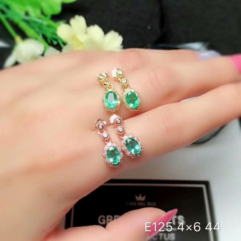 SHILOVEM 925 sterling silver real Natural Emerald stud earrings classic fine Jewelry new wedding wholesale 4 6mm yhe040602agml in Earrings from Jewelry Accessories