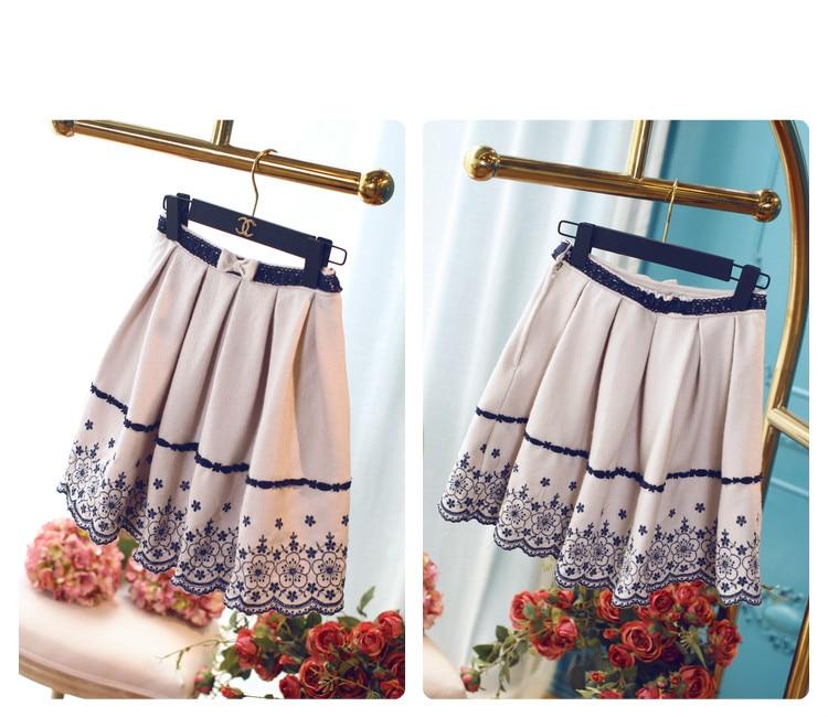 Grande Jupe Uf31 Cultiver Brodé Taille Jupes Juste Tissu Épais Fleurs rose Fille Tempérament Sweet bleu Princesse Ondulés Lolita Beige wZ1qEzt