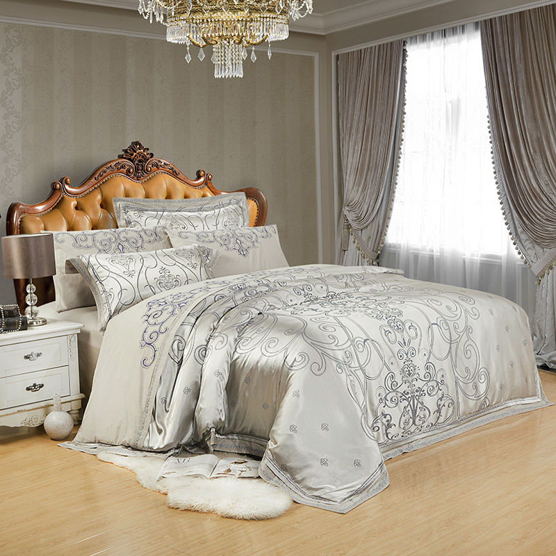 Luxury Silk Bedding Set 4 6pcs Bedclothes Silver Bedlinen